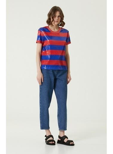 NetWork 1080041 Kadın Basic Fit Şeritli Payetli T-shirt Kırmızı